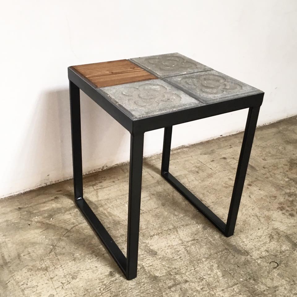 mesa y banco baldosa barcelona hierro y madera a medida